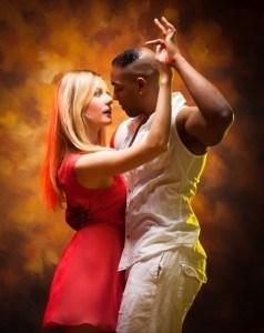 salsa dancing Web